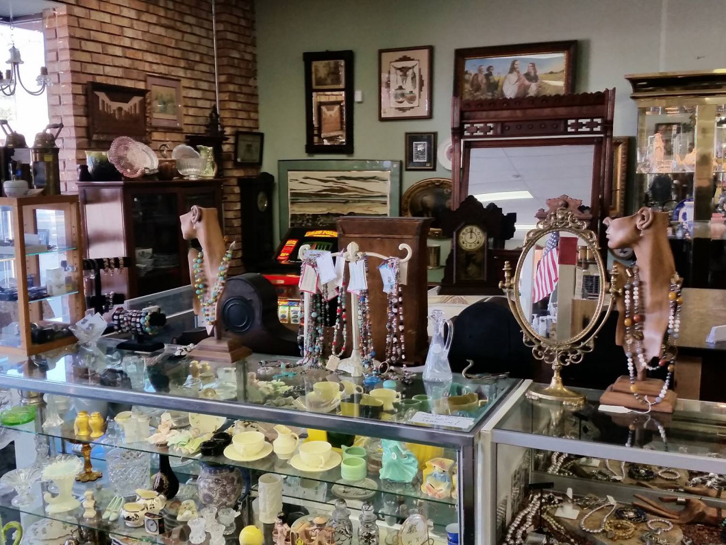 Uncover Your New Favorite Piece at Mesa Street Antique Mall
